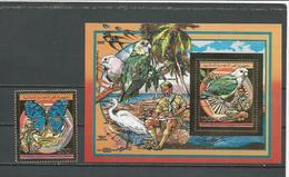 COMORES Scott 692 694 Yvert PA272 BF? (1+bloc) ** Cote 26,00 $ 1989 - Comores (1975-...)