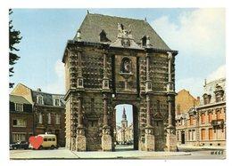 01170-LE-59-CAMBRAI-La Porte Notre-Dame-------------voitures - Cambrai