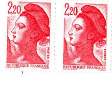 Liberté De Gandon YT 2376 - Variété Trait Rouge Sur Le 0 Timbre De Droite - Variétés: 1980-89 Neufs