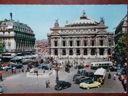 75 - PARIS - L' Opéra. ( Autobus Parisien, Voitures Anciennes ) CPSM - Transport Urbain En Surface
