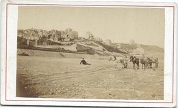 14 - Villers Sur Mer - La Plage  - Photo Albumen Brechet - Ca 1870 - Old (before 1900)