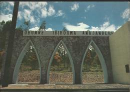 Bujumbura - Monument Vugizo - Burundi