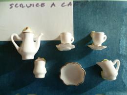 SERVICE A CAFE -ANCIENNE SERIE DE 6 FEVES - Anciennes