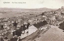 *** GIBRALTAR  ***  GIBRALTAR The Town Looking North Unused TTB - Gibraltar