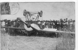 Accident  D Aviation Cachet Depart Bourg Le Comte - Accidents