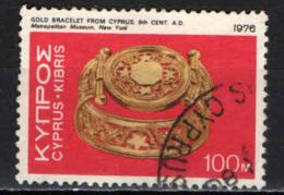 CIPRO - 1976 - ARTE CIPRIOTA: BRACCIALETTO D'ORO - USATO - Cipro (Repubblica)