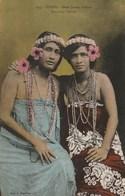 TAHITI - SUPERBES PORTRAITS DE DEUX JEUNES VAHINES - BELLE CARTE COULEUR - TOP !!! - Polynésie Française