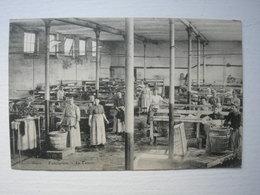 CPA Vieux Métier. Guise.02.Aisne. Le Familistère. Le Lavoir - Guise