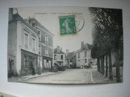 CPA La Perrière. Entrée Du Bourg, Route De Chemilly - Frankrijk