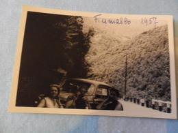 Foto 1957 FIUMALBO ANIMATA Con Auto D'epoca - Automobili