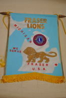 Rare Fanion Lion's Club Fraser Lions Michigan USA - Organisations