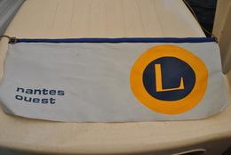 Rare Fanion Lion's Club Nantes Ouest - Organizations