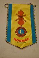 Rare Fanion Lion's Club Nouméa - Organisations