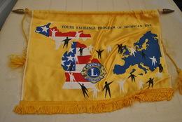Rare Fanion Lion's Club Michigan-Europe - Organisations