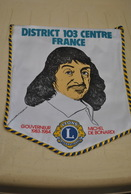 Rare Fanion Lion's Club Gouverneur Michel De Bonardi - Organisations