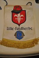 Rare Fanion Lion's Club Lille-Faidherbe - Organisations