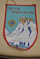 Rare Fanion Lion's Club Pontarlier Haut-Doubs - Organisations
