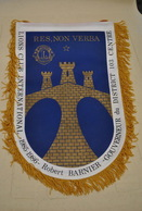 Rare Fanion Lion's Club Robert Barnier Gouverneur 1985-1986 - Organisations