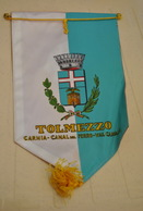 Rare Fanion Lion's Club Tolmezzo - Organisations
