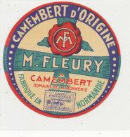 T 408  -/ ETIQUETTE DE FROMAGE  CAMEMBERT   M. FLEURY  A CAMEMBERT DOMAINE DE LA BONNERIE  ( ORNE - Kaas