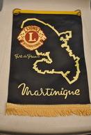 Rare Fanion Lion's Club Fort De France Martinique - Organizaciones