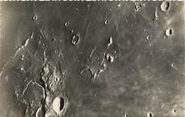 -ref-B04- Astronomie - Lune - Montagnes Et Vallées Lunaires - Observatoire Pic Du Midi - Bagneres - Hautes Pyrenees - Astronomy