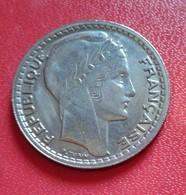 France 10 Francs Turin GROSSE  Tête -  RAMEAUX COURTS 1947 B  (B4 - 17) - France