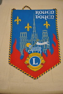 Rare Fanion Lion's Club Rouen - Organisations