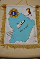 Rare Fanion Lion's Club Kourou Lionspace - Organizations