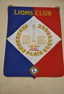 Rare Fanion Lion's Club Paris Place Vendôme - Organisations