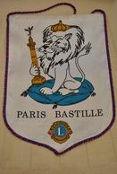 Rare Fanion Lion's Club Paris Bastille - Organisations