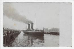 Unnamed Vessel Between The Jetties - Midwood - Isle Of Man