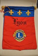 Rare Fanion Lion's Club Lyon - Organisations