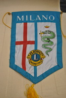 Rare Fanion Lion's Club Milan Italie - Organisations