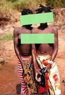 Photo Originale Nu Artistique De Jeunes Femme à La Beauté Africaine En Brousse - FKK & Culture Nue - Ethniques, Cultures
