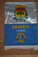Rare Fanion Lion's Club Draveil - Organisations