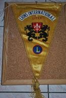 Rare Fanion Lion's Club Lille - Organisations