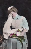 AK Frau Mit Schürze Mit Brief Und Gemüse - Ca. 1910 (38559) - Frauen