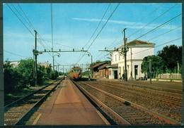 CARTOLINA - MILANO - CV1226 LOCATE DI TRULZI (Milano MI) Stazione Ferroviaria Con Treno, FG,  Non Viaggiata, Ottime Cond - Milano (Milan)