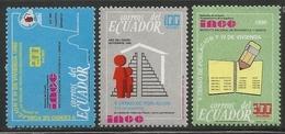 1990 Ecuador Census Complete Set Of 3 + Souvenir Sheet MNH - Equateur
