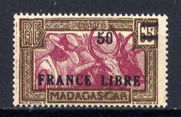 MADAGASCAR - 234* - ATTELAGE DE ZEBUS / FRANCE LIBRE - Madagascar (1889-1960)