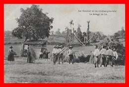 CPA (15) CANTAL.  La Chataigneraie, Le Battage Du Blé, Animé...S957 - Non Classés