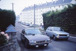 M36 - Automobile Citroën CX Et Peugeot 104 1982 - Diapositive Photo - Automobiles