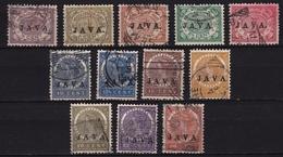 Ned. Indië: 1908 Cijferserie Overdrukt Met JAVA  12 Waarden Van De Serie NVPH 63/66 - 68 - 70/74 - 76 - 77 - Indes Néerlandaises