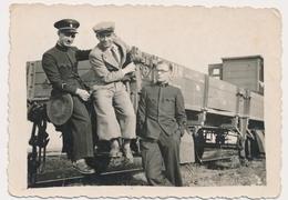 REAL PHOTO -  TRAIN  Men Railway Workers - Jugoslovenska Zeleznica,  Old Photo - Trains