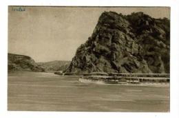 """Die Lurlei (Lorelei) Bateau D'excurtion à Vapeur (roue à Aube) """"Lohenzenh"""" Au Pied Du Rocher - Circulé 1919 - Loreley"""