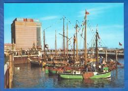 Deutschland; Hamburg; Hafen; Övelgönne - Mitte