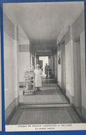 REIMS    Clinique Des Docteurs LARDENOIS Et BILLARD   Le Couloir Central   Animées - Reims