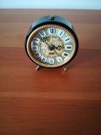 Ancien Réveil Japy à Réviser - Alarm Clocks