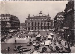 Paris: RENAULT NERVASTELLA & VIVASTELLA, TN BUS, PEUGEOT 302, CITROËN ROSALIE, OLDTIMER TAXI'S, VOITURES - L'Opéra - Toerisme
